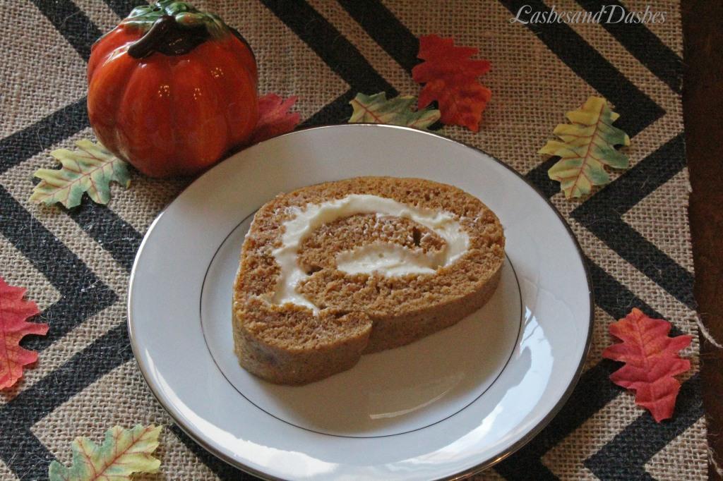 Pumpkin Roll via LashesandDashes