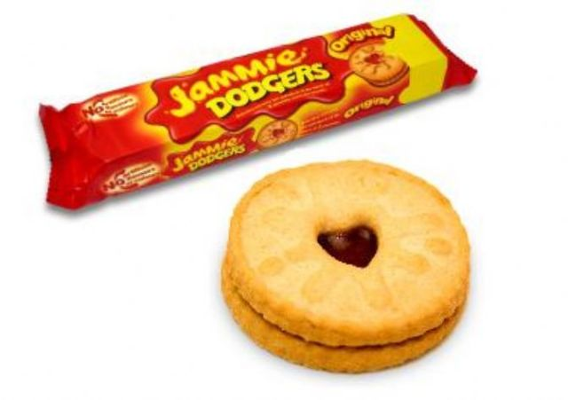 Jammie Dodgers via LashesandDashes
