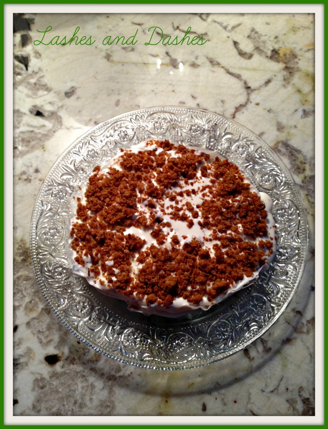 Irish Cream Dessert via LashesandDashes